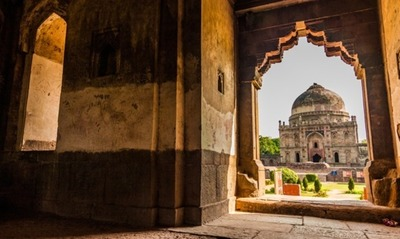 A Photographic Walk in Lodi Gardens